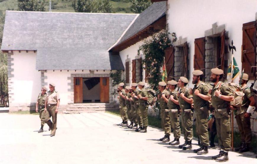 El saludo del General Jefe de la División de Montaña Urgel nº IV