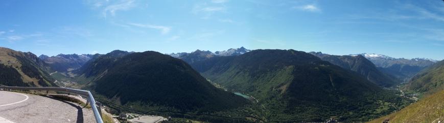 Todo el valle a mis pies, desde la Bonaigüa hasta los Montes Malditos, pasando por la ribera de Aigüamotg y de Valarties... ¡Un gozo!