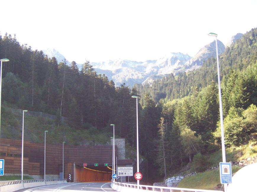 Boca S del nuevo túnel.