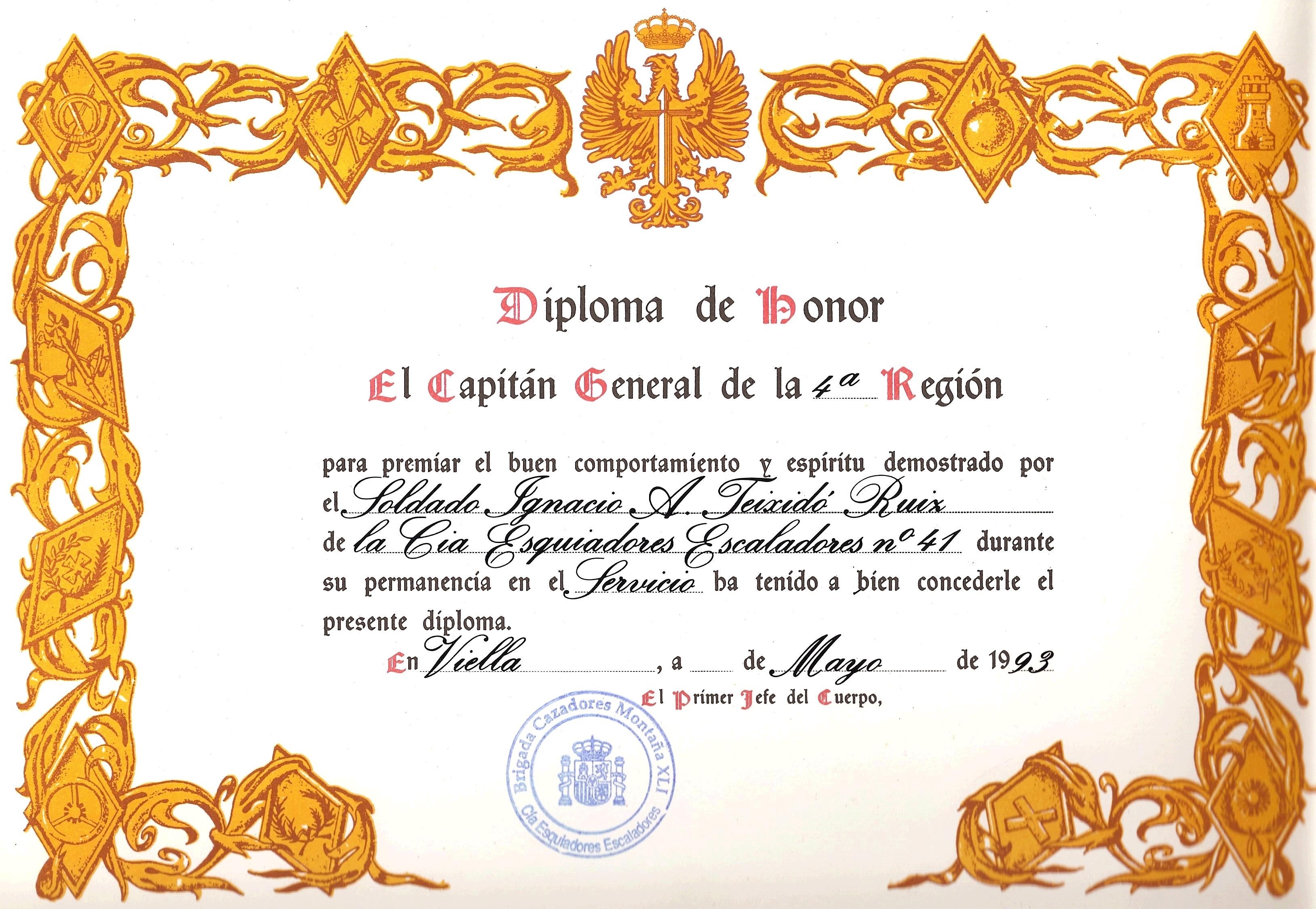 hacer diplomas depiction