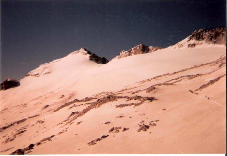 Glaciar de la Maladeta. Mirar bien, a la derecha se ve la primera sección...