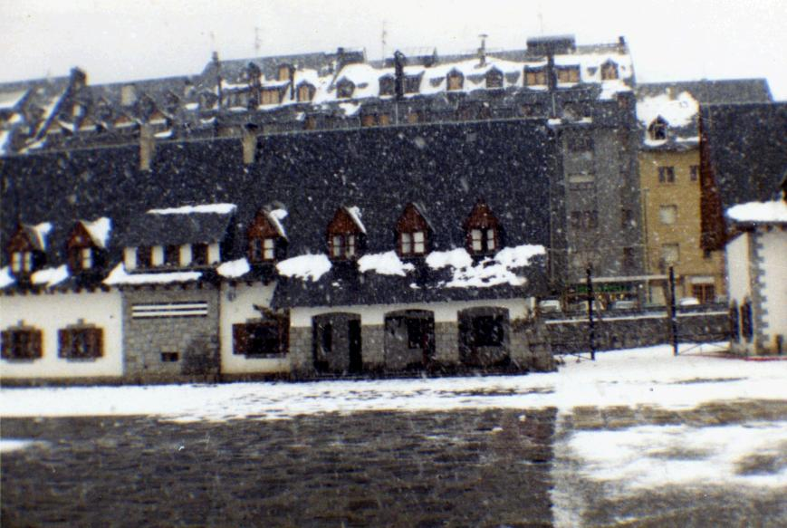Nevando en el Cuartel. Diciembre de 1986