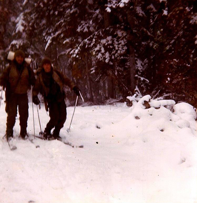 Dos llagas bajando, como dice Collar hasta Gausach esquiando
