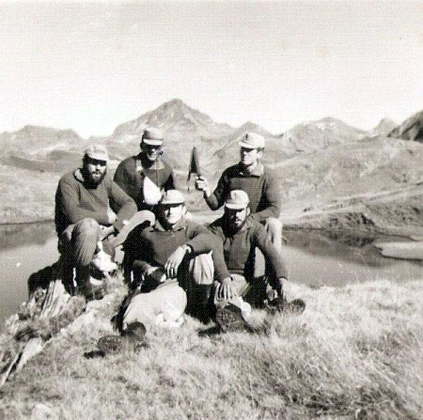 Con mi escuadra en el lago de las truchas
