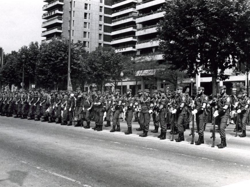Preparados para el desfile de Barcelona.
