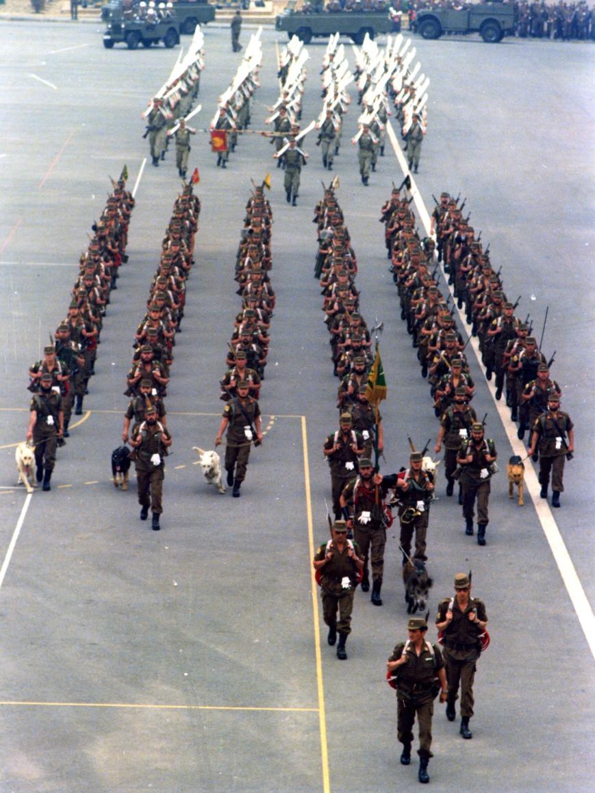 Ensayo en ¿el cuartel del Bruch? del desfile de Barcelona.