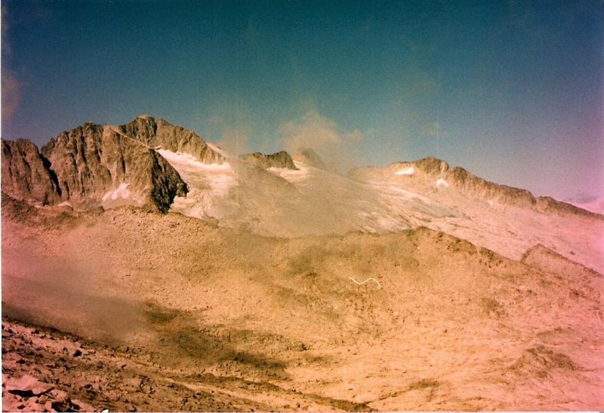 el glaciar del aneto desde la cresta del mulleres