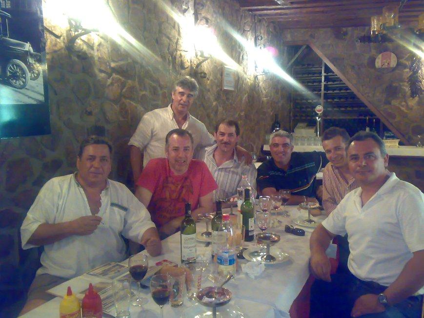 Pasamos lista... de derecha a izquierda, J.A. Sanchez, A. Nieto, S. Merchan, M. Aguilera, M. Trompeta, F. Aguado y V. Otero