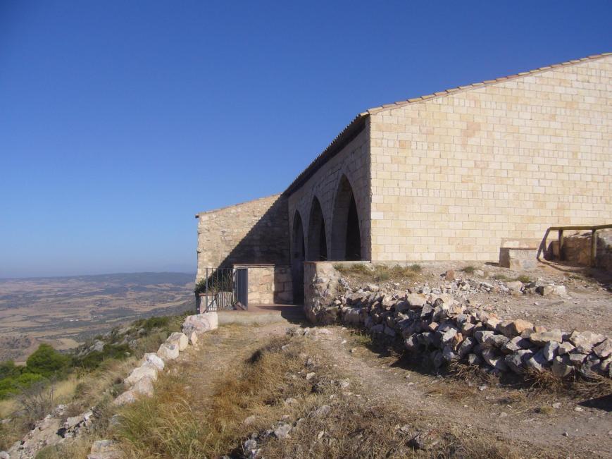 Objetivo cumplido... La ermita de San Salvador.